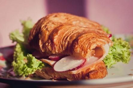 croissant-2.jpg